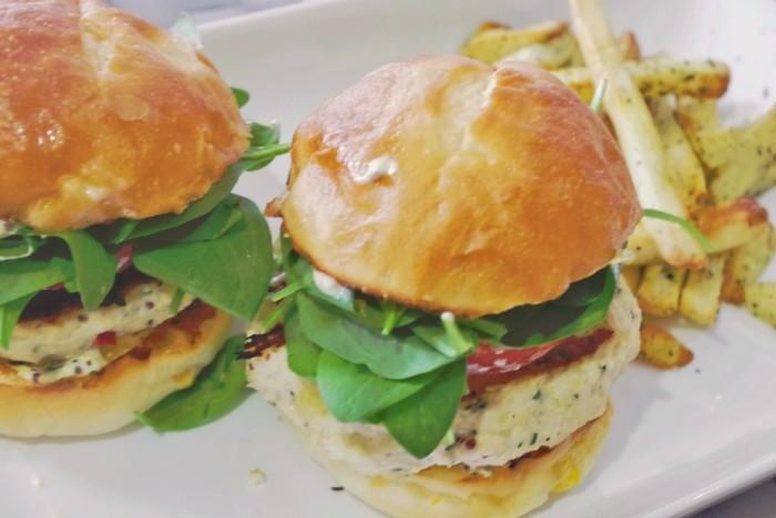 chicken burger with herb-garlic Aioli